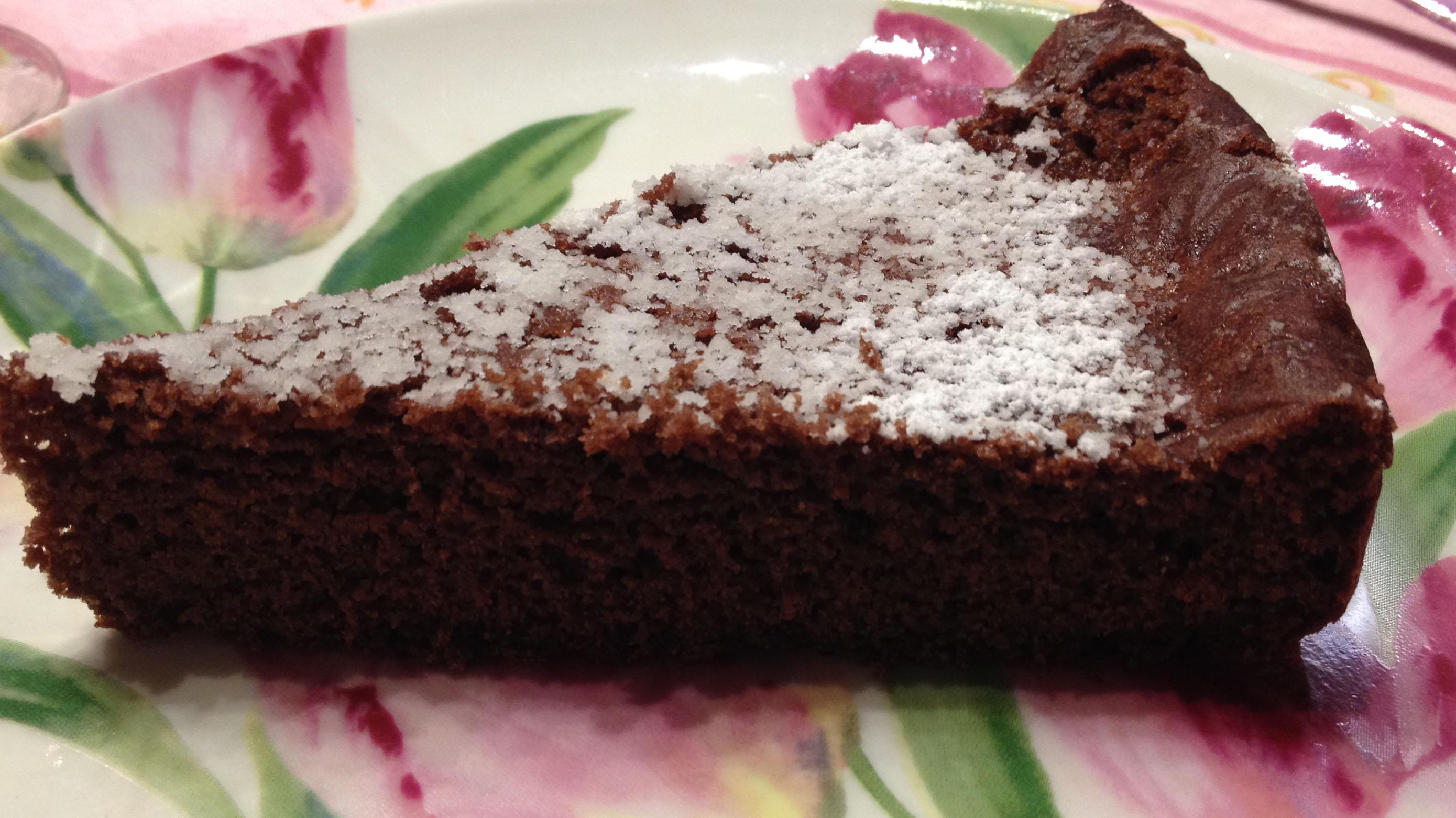 Torta con farina di quinoa e cacao